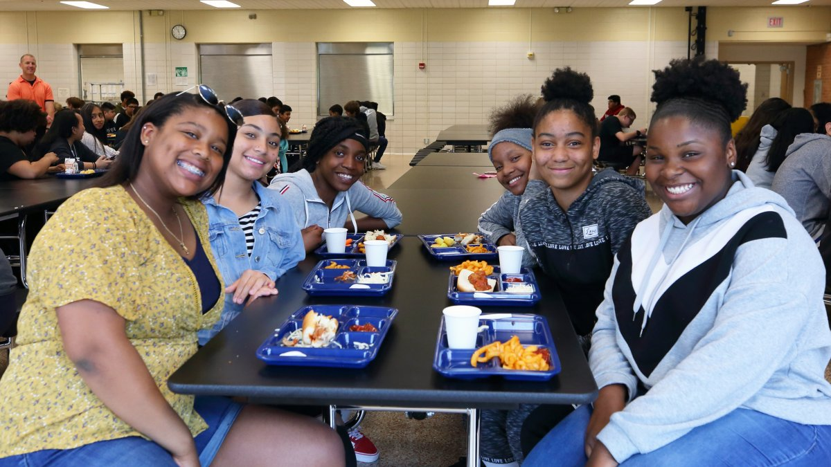 Students eating lunch in the cafeteria