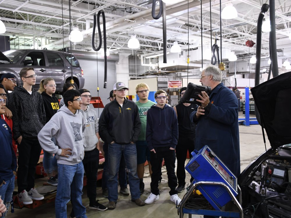 Students in autoshop