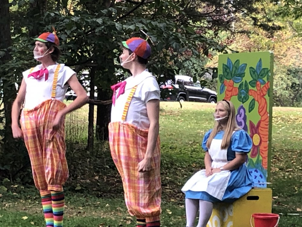 Alice in Wonderland in the Park